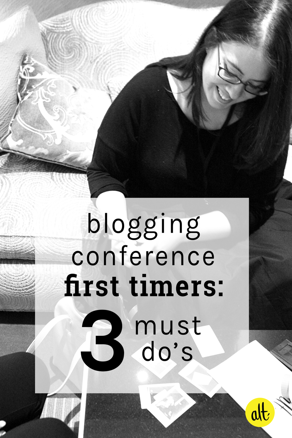 Three things first time attendees to blogging conferences should think about: their business card, dressing their brand, and choosing the perfect tote for their mobile office.