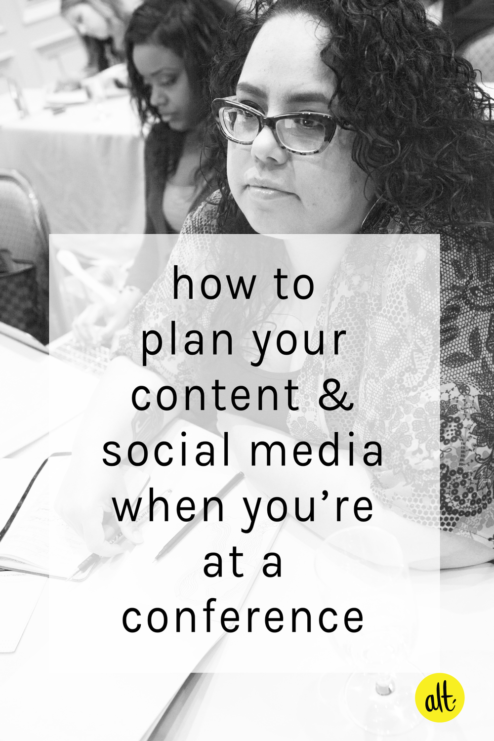 7 tips for planning your blog content and setting up your social media posts before you hop on the plane for your conference.