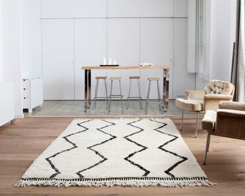 carpet-rails-pattern-rugs.jpg