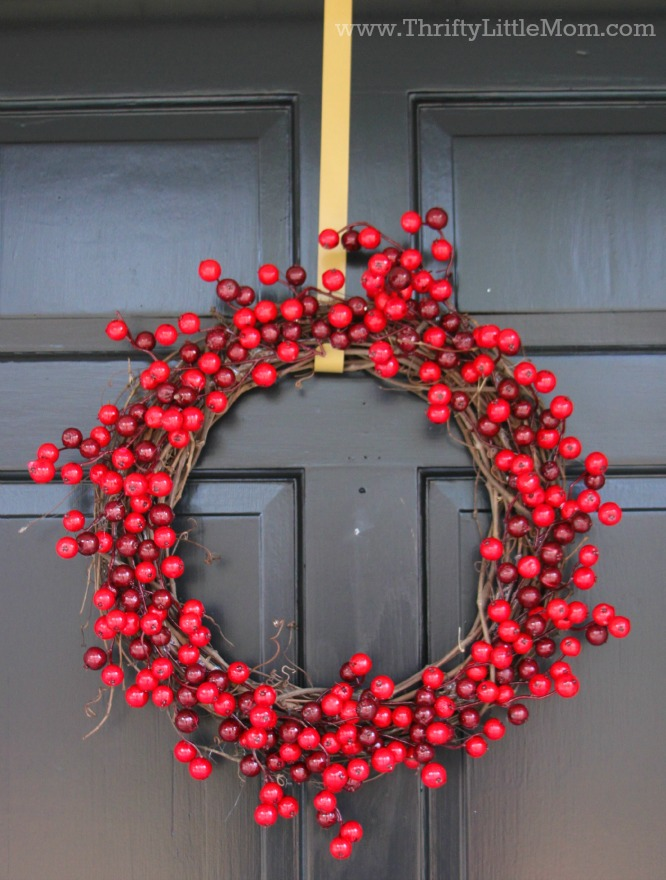 Finished-15-Minute-Berry-Wreath.jpg