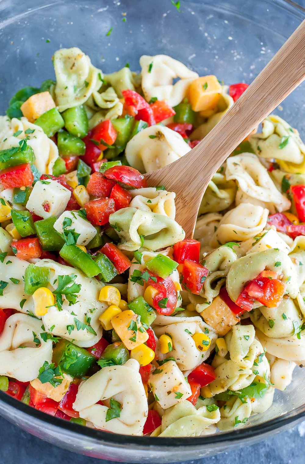 make-ahead-party-perfect-garden-veggie-tortellini-pasta-salad-peasandcrayons-0498.jpg