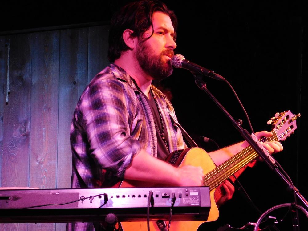 Bob Schneider On Stage At Threadgill's