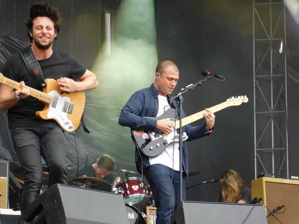Here we have the Macabees. Straight outta London. I had no idea what to expect. Very high energy and fun. Little bit Oasis. Little bit Coldplay.