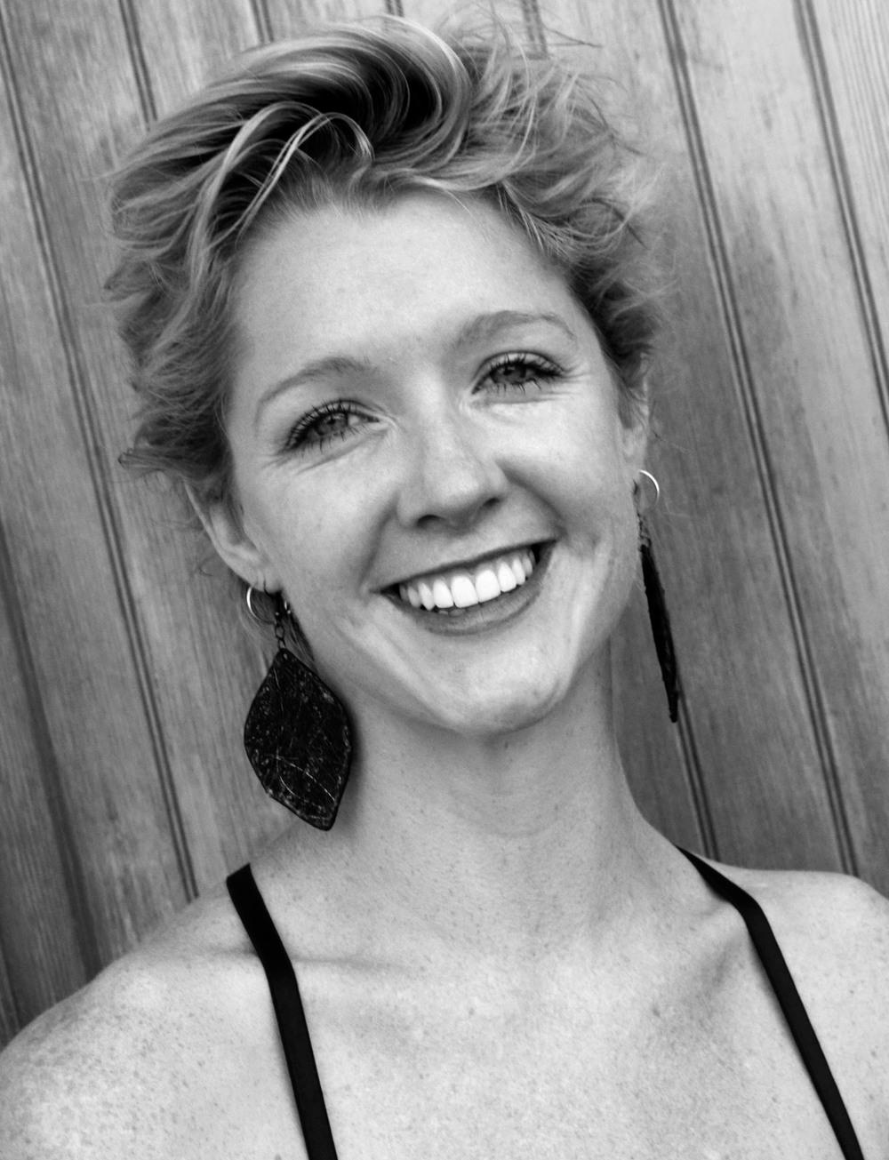Lyra, Artist, Dancer, Contemporary Alexander Technique, Pilates, Gyrotonic