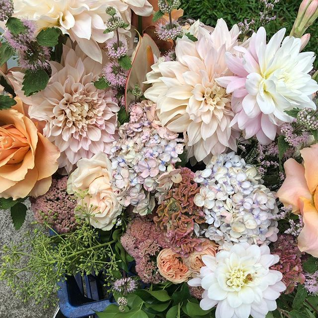SUNDAY • A behind the scenes look at the beautiful blooms for Romy's Bat Mitsvah. Thanks for the epic palette @events_to_a_t 🤩🤩🤩