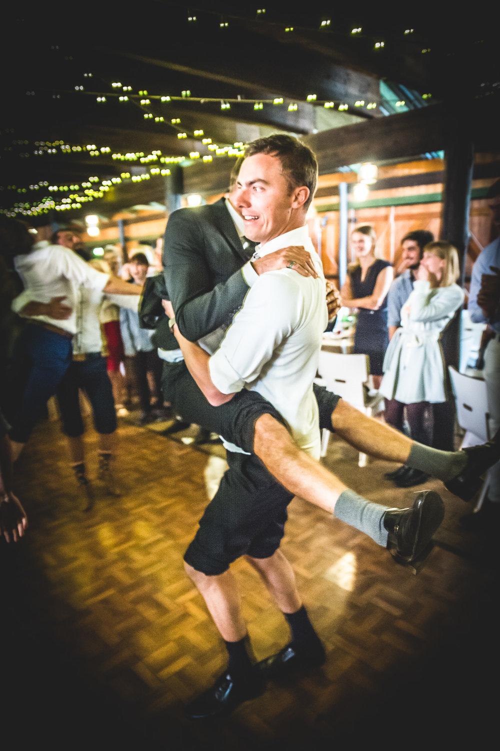 Cloe & Stephen - Dancing & Activities - Web Res (84 of 182).jpg