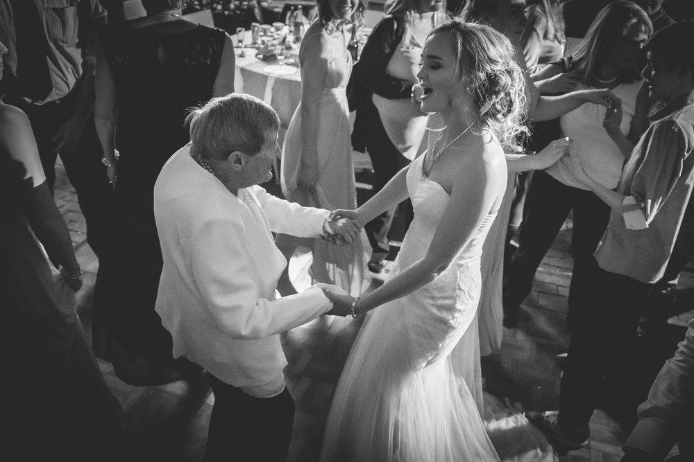 Cloe & Stephen - Dancing & Activities - Web Res (137 of 182).jpg