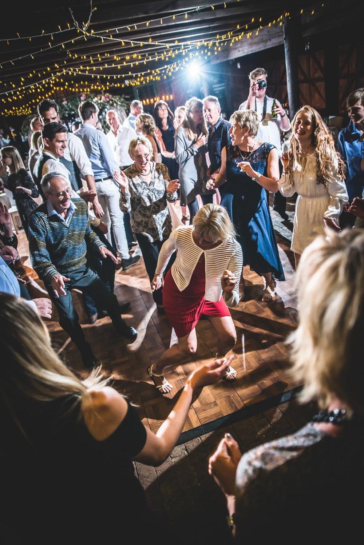 Cloe & Stephen - Dancing & Activities - Web Res (142 of 182).jpg
