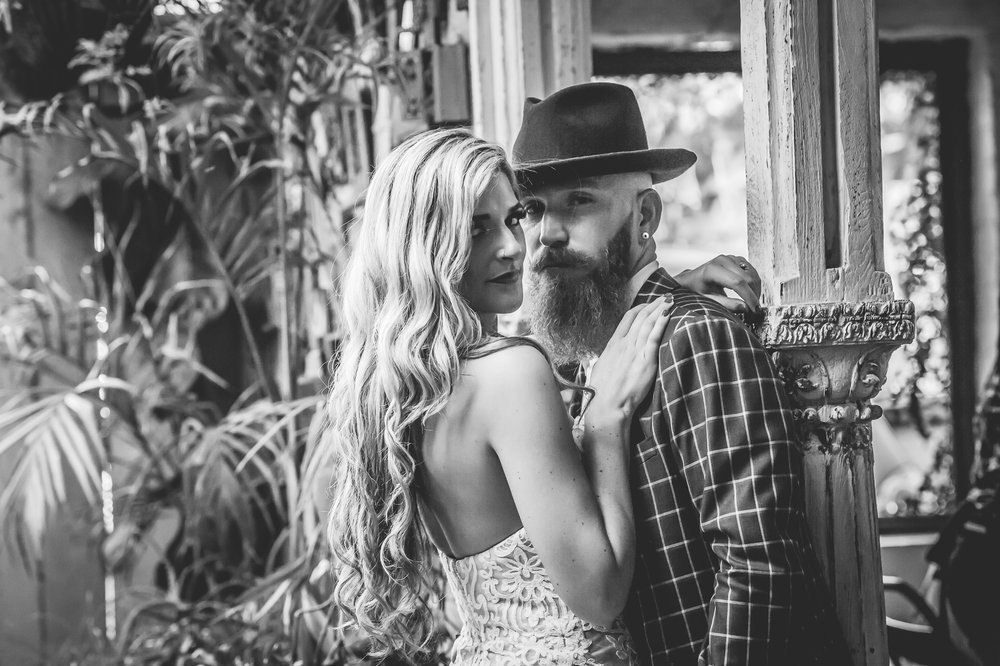 Dale and Nicole - Sneak Peak (87 of 139).jpg