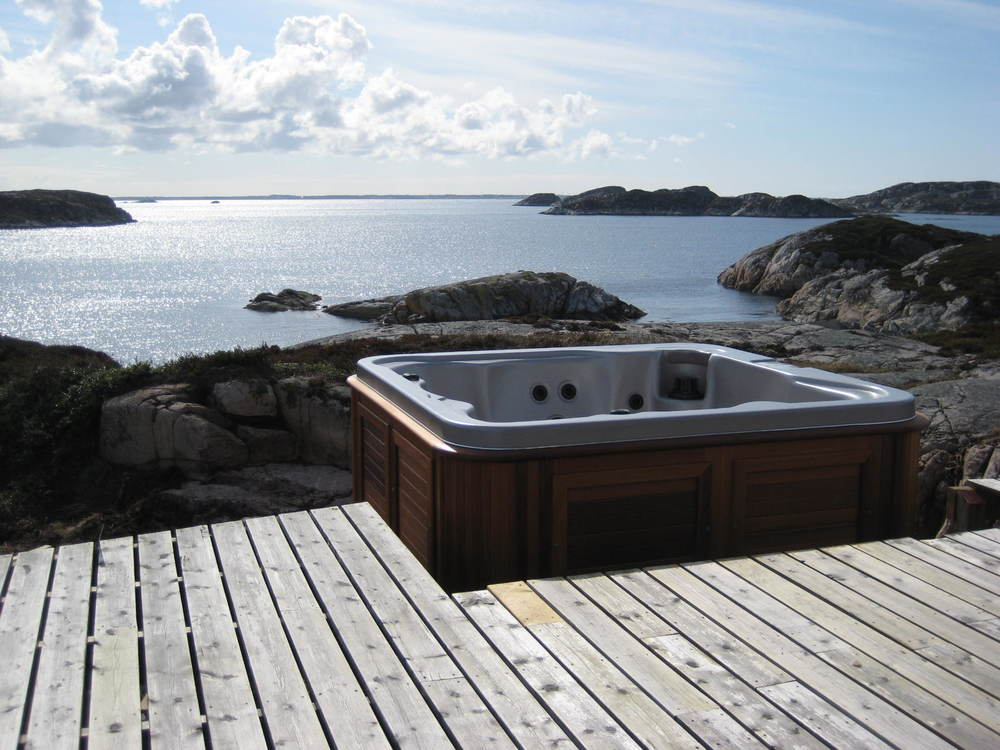 Spa-helicopter-arctic-spas-hot-tub.jpg