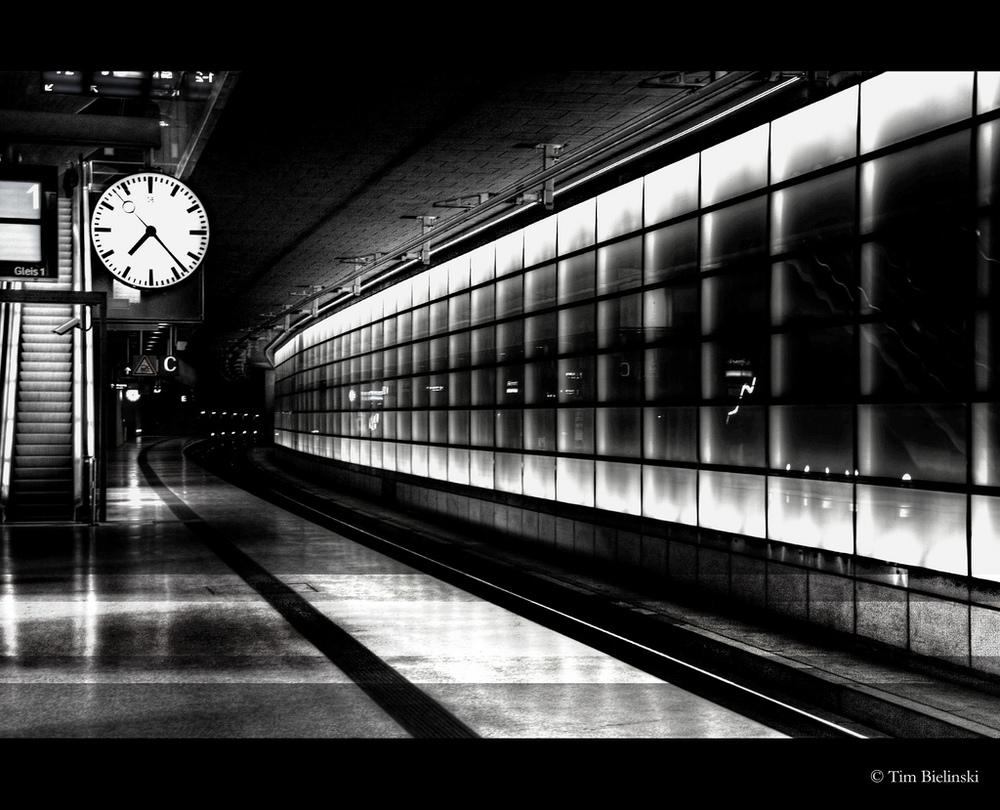 flickr train station clock