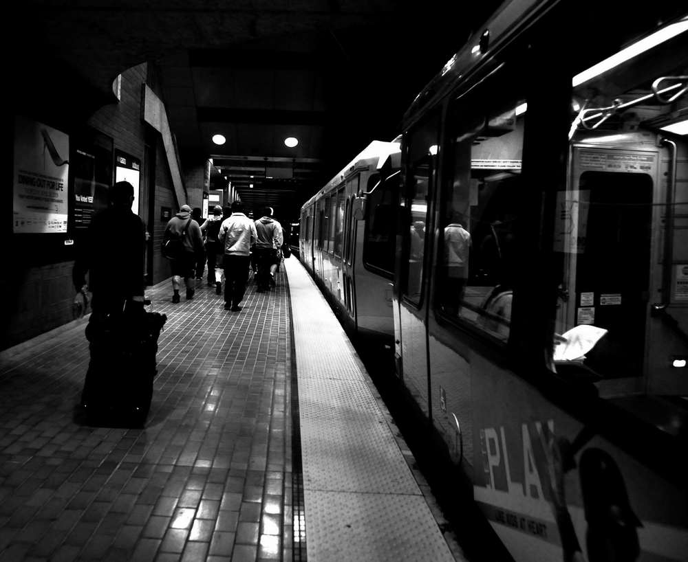 flickr telmo32 departing train station.jpg