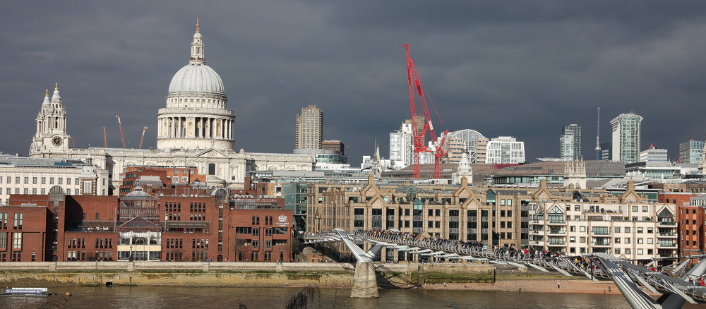 flickr london st pauls from south.jpg
