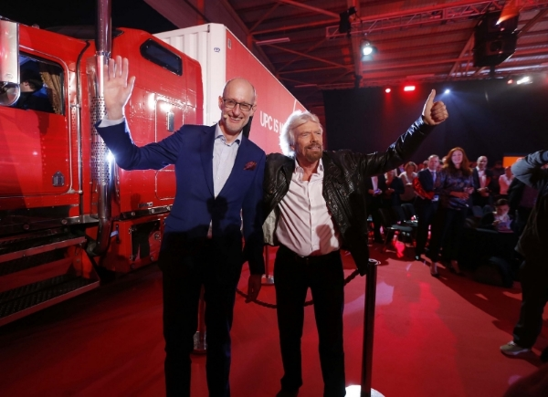 richard branson and Magnus Ternsjö at launch of virgin media