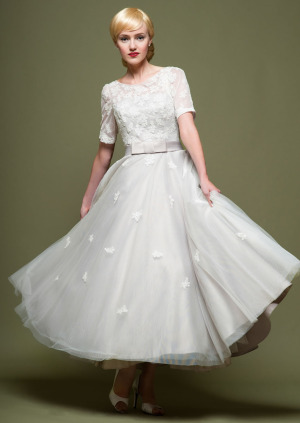 Vintage And Retro Inspired Wedding Gowns