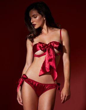 bow underwear.jpg