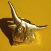 brass bull ring christmas gift ideas.jpg