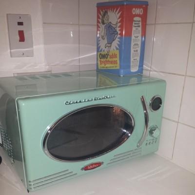 retro microwave.jpg