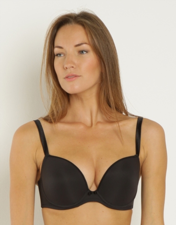 Firstly I Went For The Wonderbra Everyday T Shirt Bra Which Is Available Up To A G Cup It Currently Has 20 Off And So Is 21 20