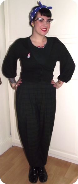 rockabilly tartan trousers.png