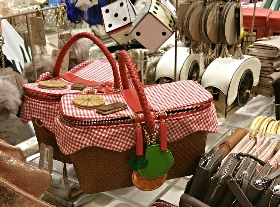 picnic basket handbag.jpg