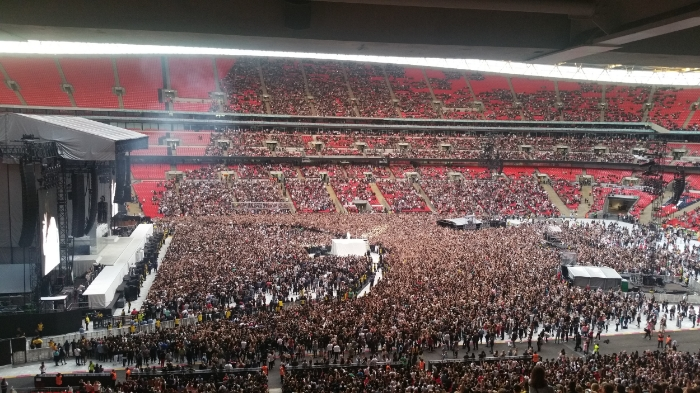 rihanna wembley