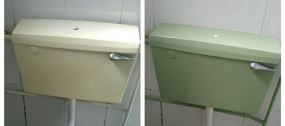 painting a toilet cistern