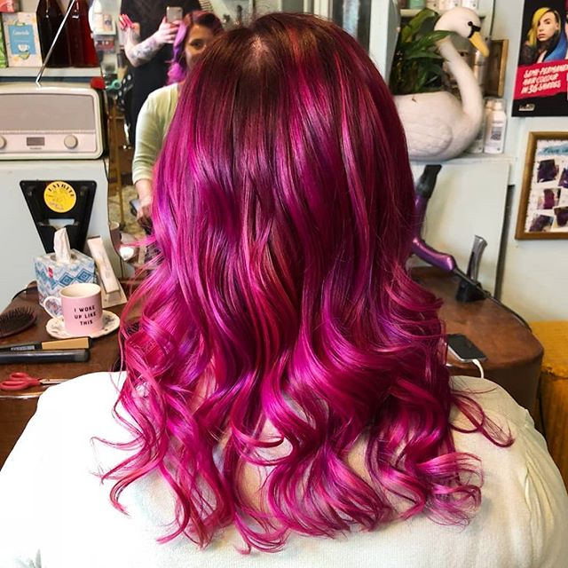 Lovely fresh hair from @taylormarymua at @rockalilycuts #rockalilycuts #incolourfulcompany #mermaidhair #mermaidian #pinkhair