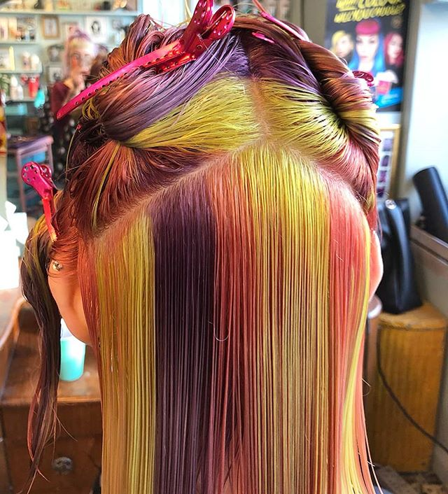 In progress from @taylormarymua #rockalilycuts #incolourfulcompany #rainbowhair #hoxton #shoreditch