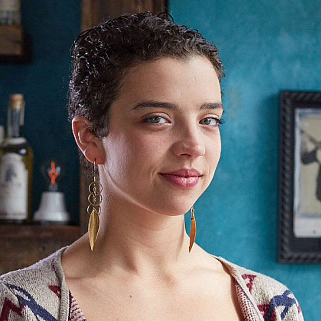 Jacyara de Oliveira | Bartender at El Che Bar and La Sirena Clandestina