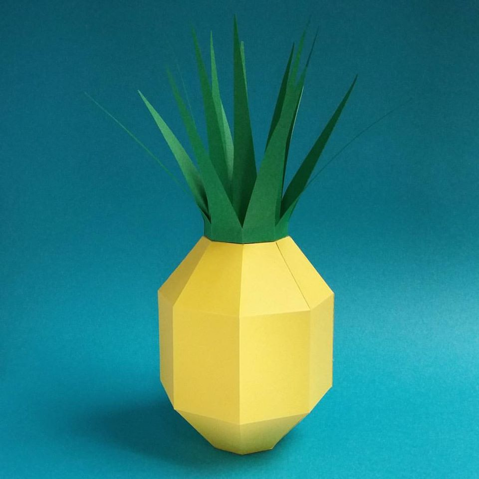 Eleanor Stewart_Paper Model_paper food_fruit_pineapple.jpg