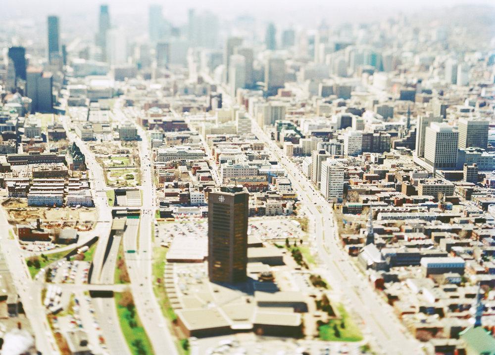 Amplifier Montréal,Cities for People et la Fondation de la famille J.W. McConnell: microsite en anglais créé dans le cadre du 375e de Montréal pour mettre en lumière le passé, le présent et l'avenir de la ville.