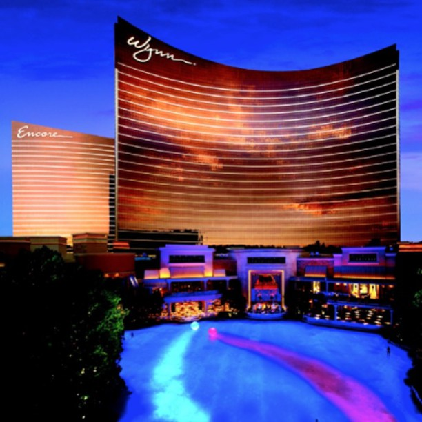 PMG is in Las Vegas this week hosting a group meeting for a loyal client. #meetingplanner #vivalasvegas #lasvegas #travellife