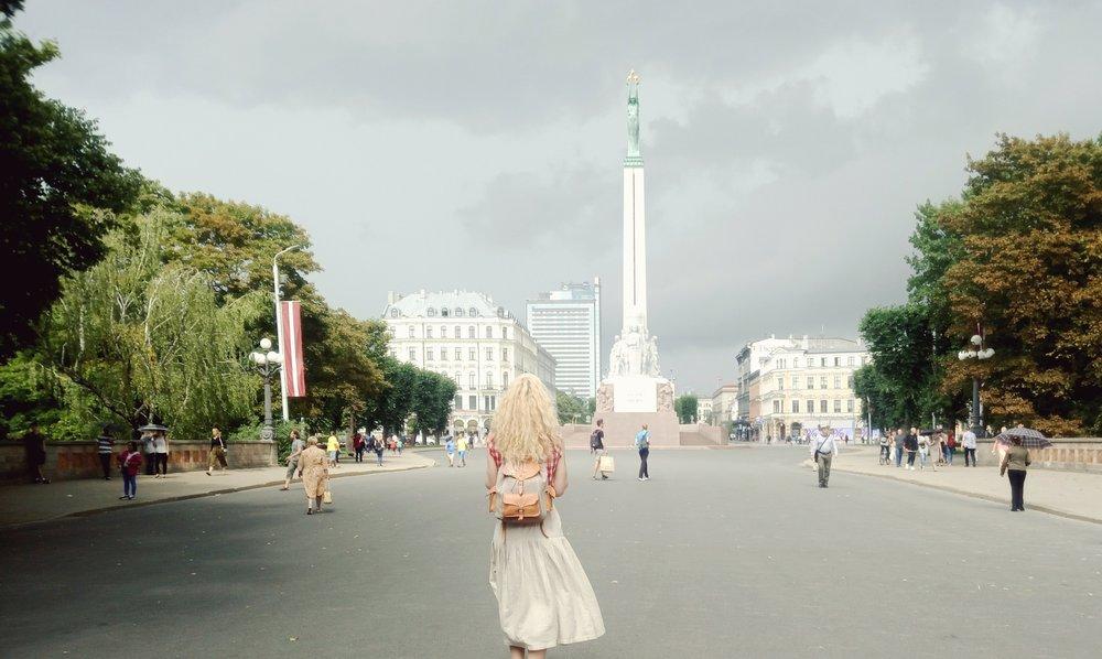 o18o7   Tēvzemei un Brīvībai i Riga, Latvija.