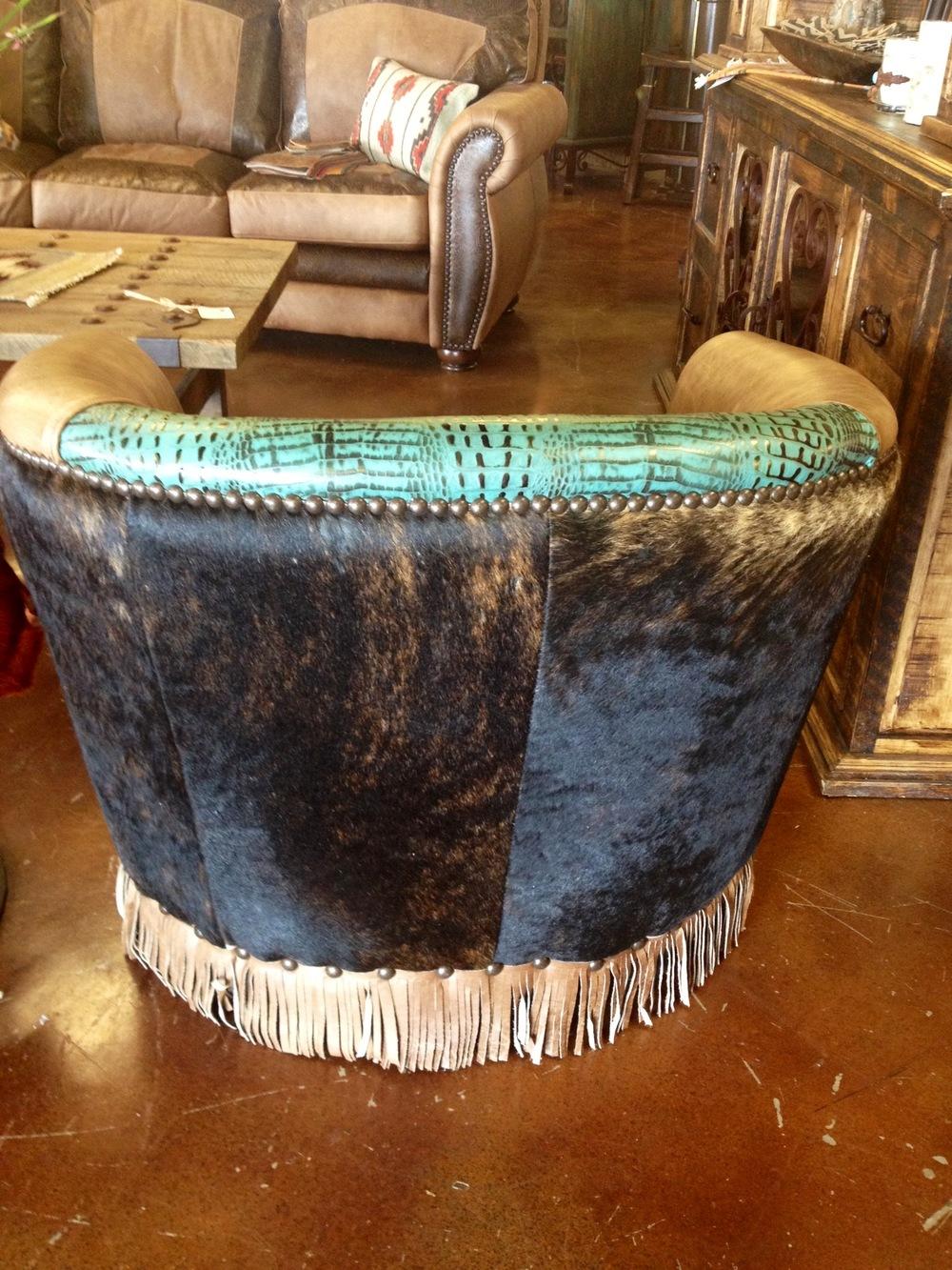 barrel chair 2.JPG