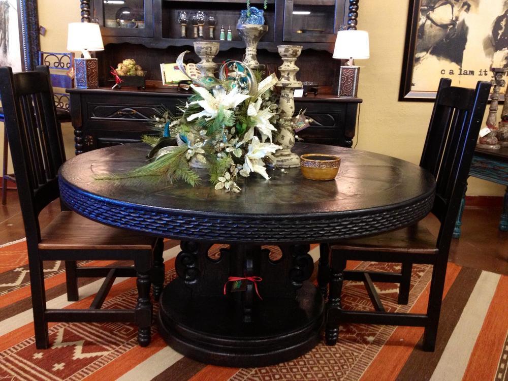 black round table 1.jpg