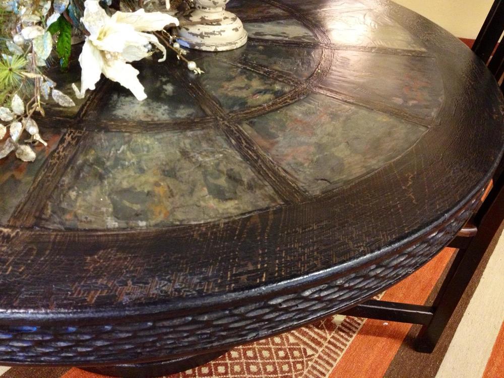 black round table 2.jpg
