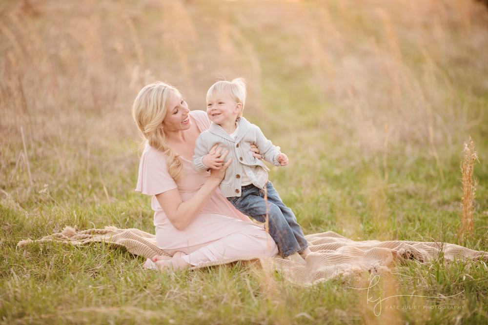loudoun county outdoor maternity photographer | Kate Juliet Photography