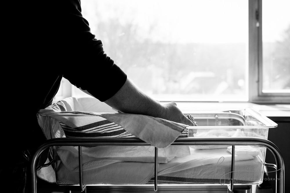 Washington DC Fresh 48 Hospital Newborn Photographer | Kate Juliet Photography