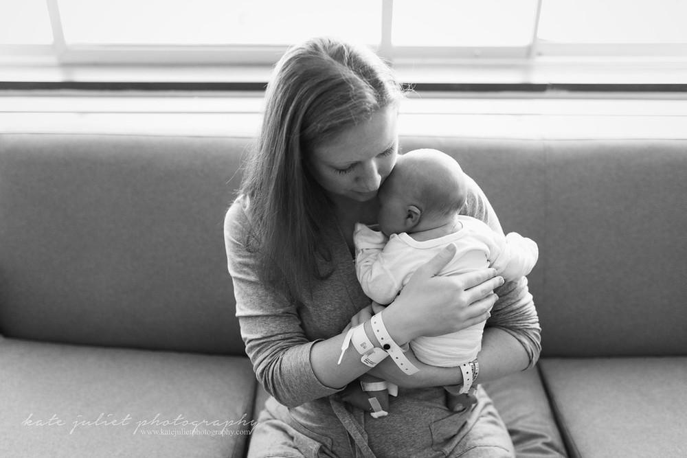 Northern VA Fresh 48 Newborn Hospital Photographer | Kate Juliet Photography