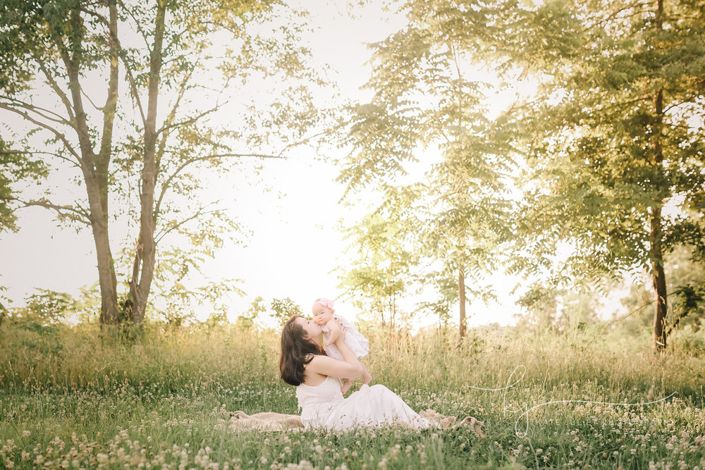 Loudoun County VA Outdoor Spring Mommy & Me Session | Kate Juliet Photography