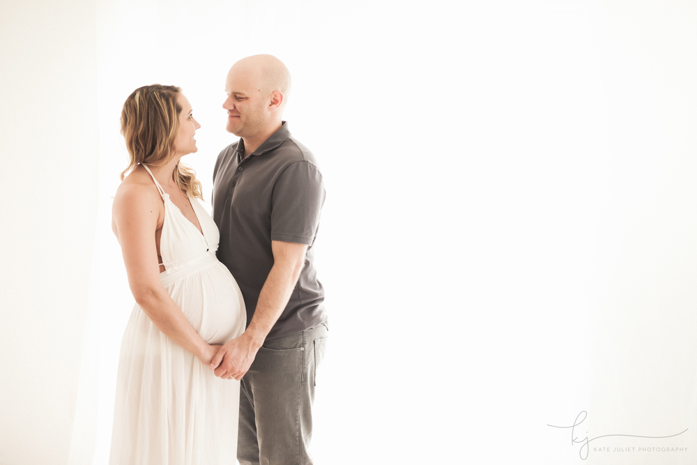 Arlington VA Maternity Baby Photographer | Kate Juliet Photography