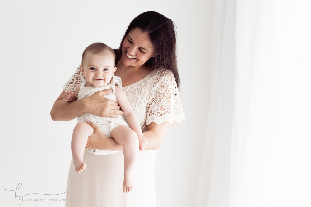 Washington DC Mother and Baby Photographer | Kate Juliet Photography