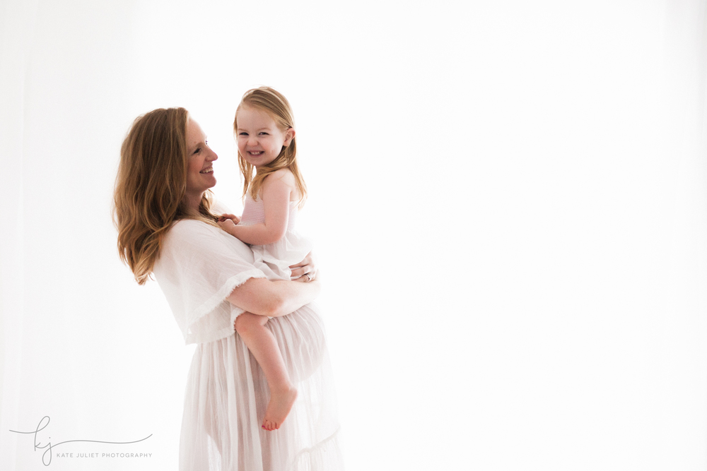 Alexandria VA Maternity and Newborn Photographer | Kate Juliet Photography