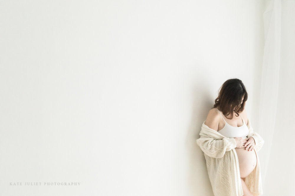 Northern VA Twin Pregnancy and Baby Photographer | Kate Juliet Photography
