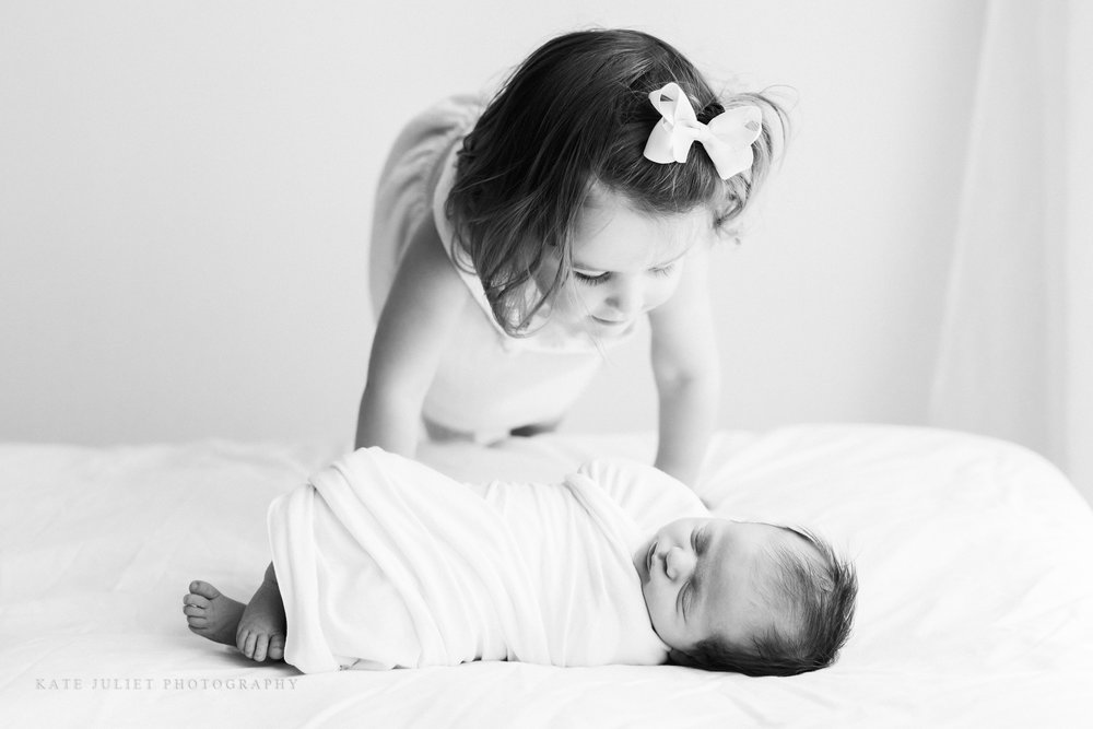 Loudoun County Big Sister Photographer | Kate Juliet Photography