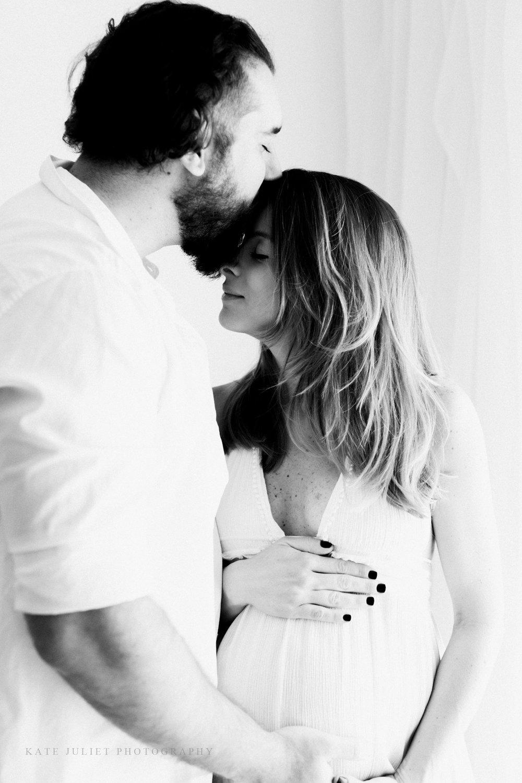Arlington VA Pregnancy Photographer | Kate Juliet Photography