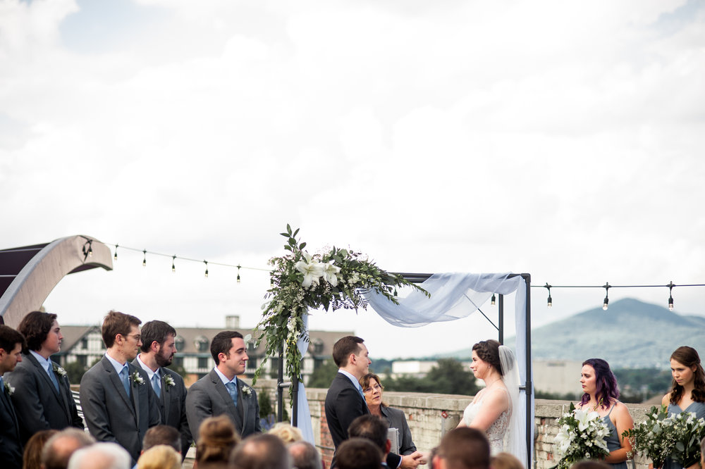 bright and cheerful downtown rooftop wedding