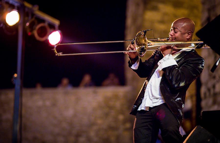 julio montalvo trombone 1.jpg