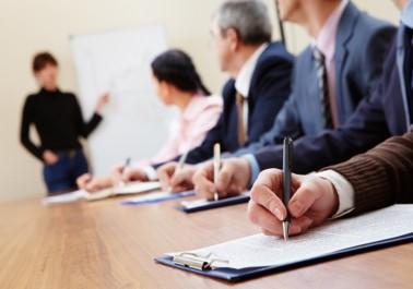 Empleado - La ficha del empleado dispone de una completa información, relativos a datos personales, currículum, datos de la empresa, control de ausencias, contratación, tarifas, plan de formación, EPIs y calendario laboral.